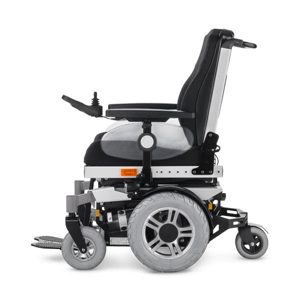 Meyra iChair MC Mid Wheelchair Img01