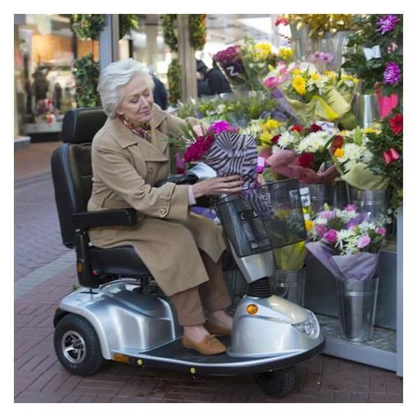 Encouraging Elderly Parents to Accept Help Momentum Healthcare